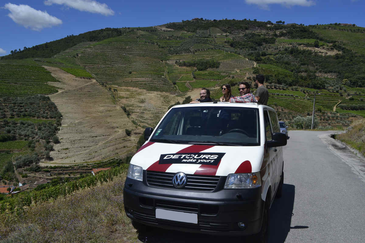 Full-day tour of Douro Valley in a 4×4 vehicle